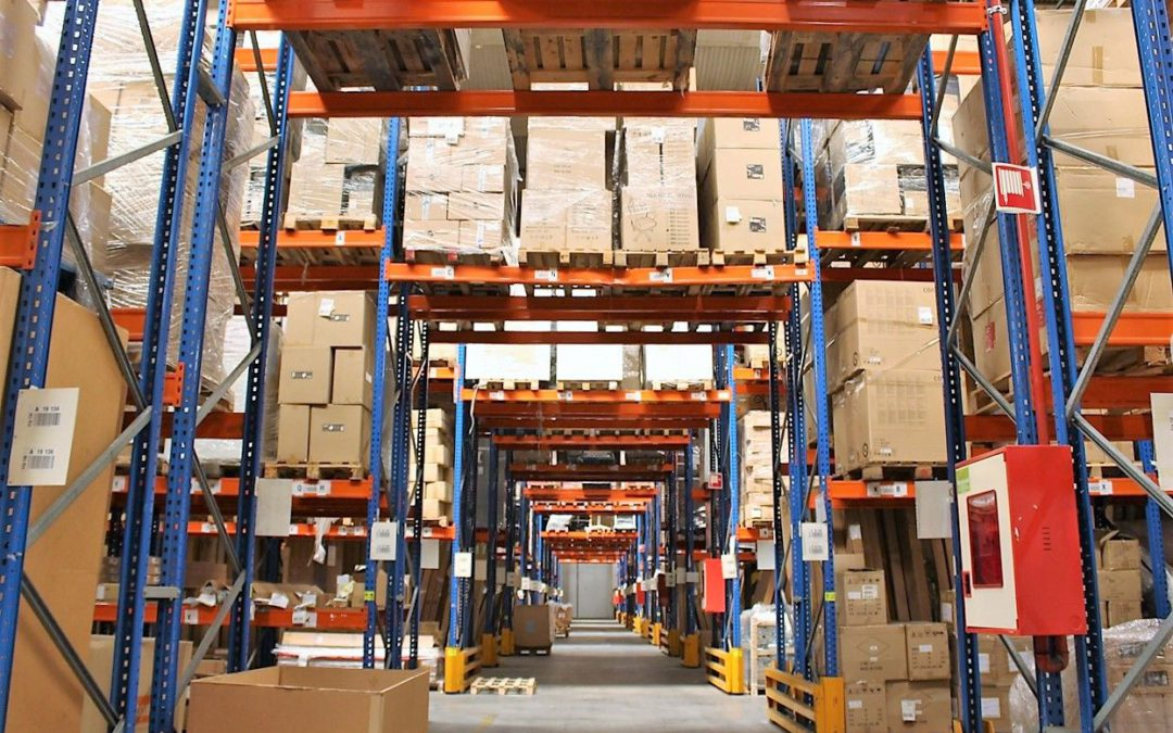 Características de los almacenes logísticos